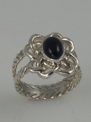SS Celtic knot ring iolite b 5x6