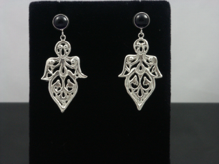 Silver leafdrops earrings amethyst